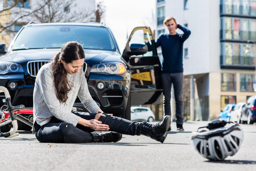 Auto Accident Woman Needs a Lawyer